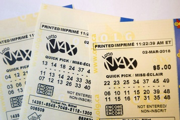 Lotto Max: un groupe de Québec gagne le gros lot de 70millions