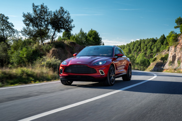 Essai routier Aston Martin DBX Mieux vaut tard que jamais)