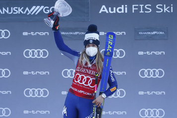Coupe du monde de ski alpin Troisième victoire de la saison pour Marta Bassino)