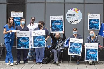 Listes d'attente en imagerie médicale Payer un technicien 100$ par patient, la solution d'un syndicat)