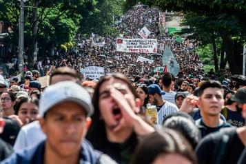 Colombie: calme relatif après des manifestations qui ont fait trois morts
