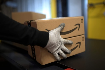 Des syndicats américains accusent Amazon de non-respect de la concurrence