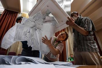 Le Kremlin se félicite d'un «triomphe» après le référendum constitutionnel)