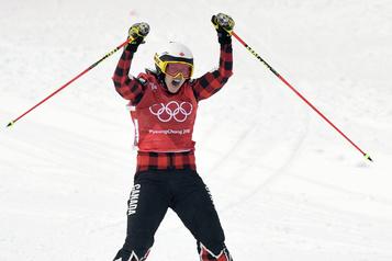 La Canadienne Kelsey Serwa accroche ses skis