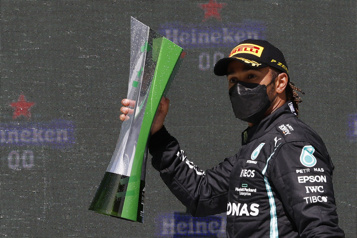 Grand Prix du Portugal Avantage Hamilton et Mercedes)
