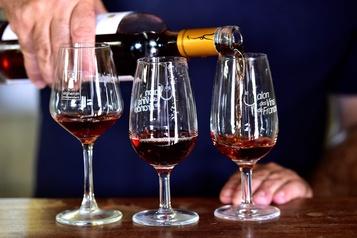 Le président de la région de Provence envoie du vin rosé à Trump