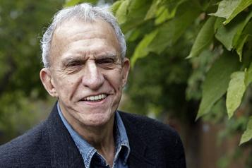 Mort du comédien Jacques Godin  )