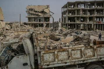 Pourchassé en Syrie, l'EI se développe ailleurs, indiquent les États-Unis)