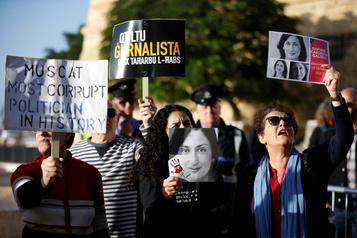 Meurtre d'une journaliste: le premier ministre maltais cerné detoutesparts