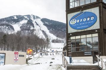 Estrie Des centres de ski ouverts malgré le temps doux)