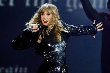 Taylor Swift accuse son ancienne maison de disque de «contrôle tyrannique»