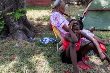 Un mois après le séisme en Haïti Des sinistrés toujours àlarue)