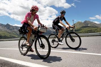 Un Tour de France en solo et en sandales pour un coureur pro australien)