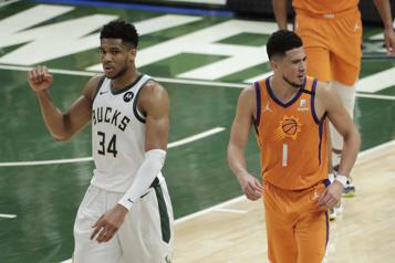 Série égale2-2 Retour à la case départ en finale de la NBA)