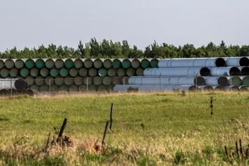 La canalisation 3 d'Enbridge a le feu vert d'une cour du Minnesota)
