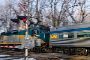 Train à grande fréquence VIARail veut uneréponse d'ici décembre)