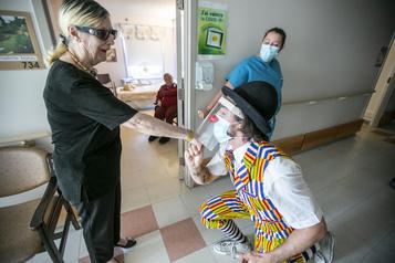 Un clown humanitaire au coeur desCHSLD)