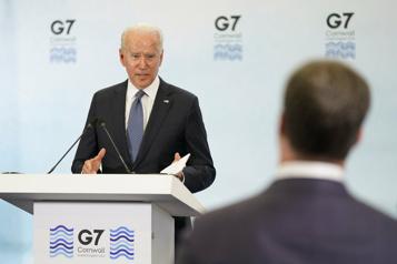 Relations américano-russes Biden promet d'être «très clair» avec Poutine )