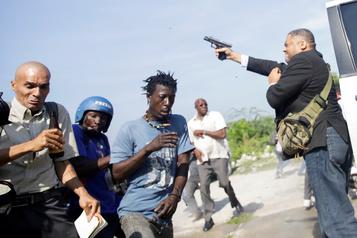 Un sénateur haïtien ouvre le feu: deux blessés