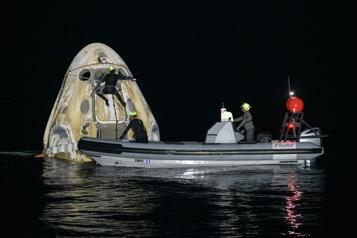 Quatre astronautes de retour sur Terre à bord d'un vaisseau SpaceX)