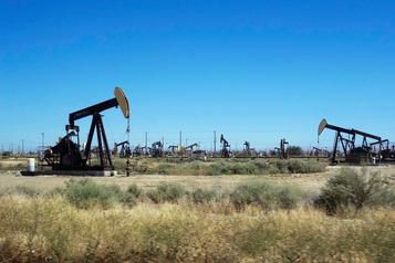 Le pétrole rebondit après avoir touché son plus bas