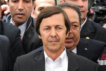 Algérie: le frère de l'ex-président Bouteflika et deux coaccusés condamnés à 15ans de prison
