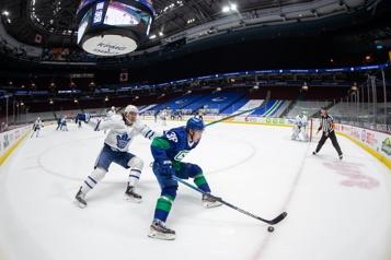 Deux matchs opposant les Canucks aux Maple Leafs sont reportés)