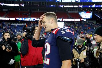 Les Patriots demeurent invaincus en six matchs