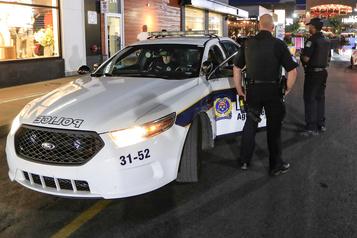 Brossard veut un poste de police)