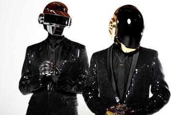 Le duo Daft Punk annonce sa séparation)