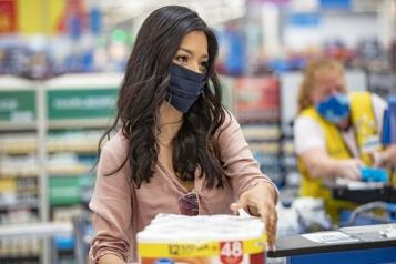 Variant Delta aux États-Unis Walmart réimpose le masque, Disney rend le vaccin obligatoire)