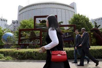 La Chine retire l'accréditation à trois journalistes du Wall Street Journal après un titre controversé