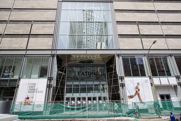 La Caisse réduit la valeur de ses centres commerciaux)