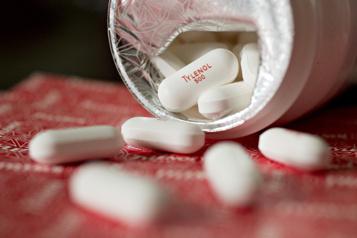 Attention au Tylenol durant la grossesse)