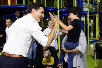 Possibilité d'une coalition: Justin Trudeau refuse de se prononcer