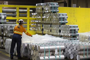 Jours sombres pour l'aluminium