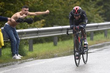 L'Équatorien Jhonatan Narvaez remporte la 12eétape du Tour d'Italie)