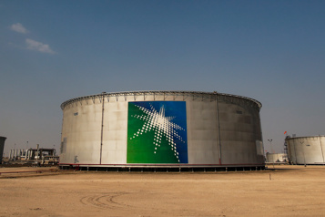 Frappes houthies Washington condamne les attaques contre les installations pétrolières saoudiennes)