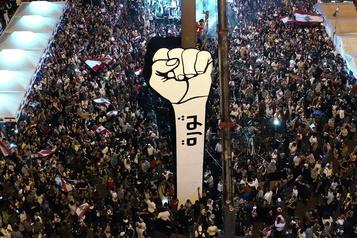 Les Libanais manifestent pour une nouvelle «indépendance»