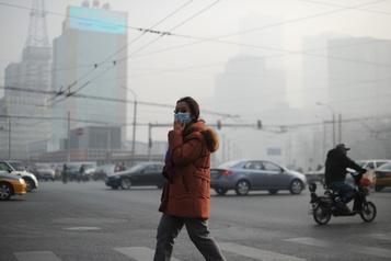 OCDE: l'économie mondiale menacée de lente asphyxie