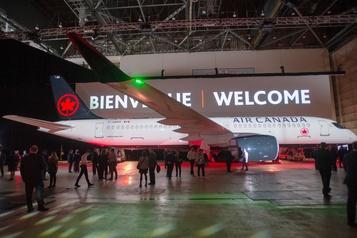 Air Canada présente son premier A220