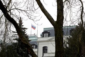 Espionnage La République tchèque expulse 18employés de l'ambassade russe )