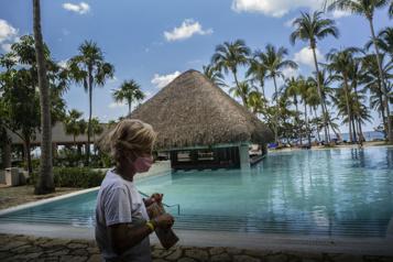 Cuba instaure une quarantaine à l'hôtel aux visiteurs)