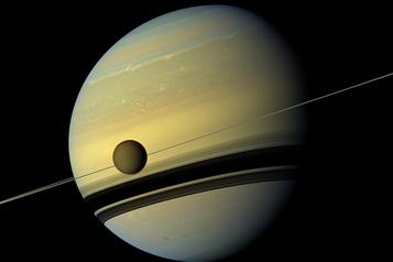 Titan, un monde de plaines, de montagnes et de lacs
