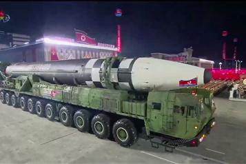 Traité sur l'interdiction des armes nucléaires Un traité contraignant... pour ses signataires)