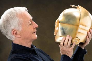 Je suis C-3PO, d'Anthony Daniels Dans les circuits de C-3PO)