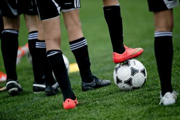 Pandémie et sport-études Des inquiétudes à l'égard des étudiants-athlètes)