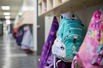 Aide aux écoliers défavorisés de Montréal à l'approche de la rentrée