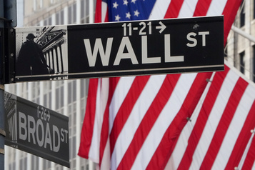 Wall Street rebondit, Facebook et Amazon au plus haut)