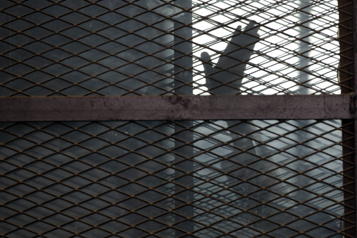 Égypte: deux journalistes emprisonnés  )